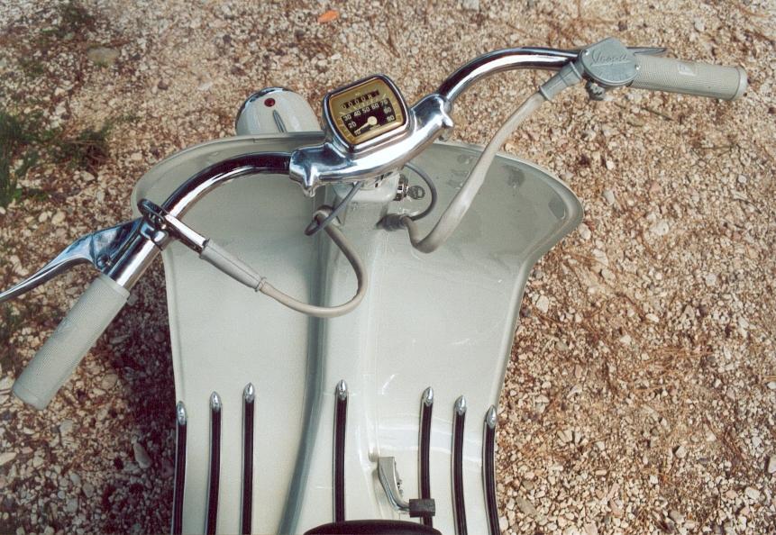 PIAGGIO Vespa 125 - FARO BASSO - anno 1953
